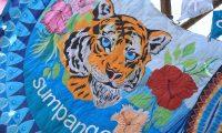 Un tigre sobresale en uno de los barriletes en Sumpango. El tema de la conservación y el buen trato del medio ambiente fueron de los temas más comunes.