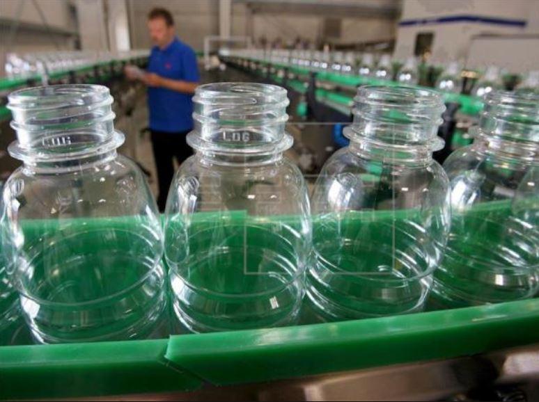 La industria de plástico en seis cifras claves que aseguran su permanencia