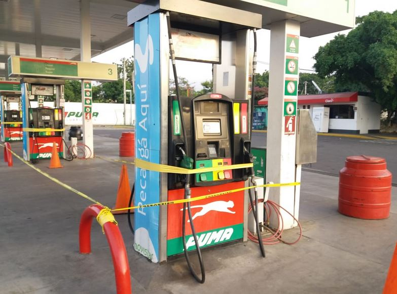 La gasolinera Puma de Metrocentro fue cerrada a las 11 de la mañana de este jueves. (Foto Prensa Libre: elnuevodiario.com)