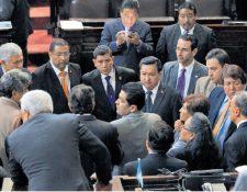 La semana pasada, la discusión de las reformas polarizó el hemiciclo. El debate se desarrolló entre gritos y abucheos. (Foto Prensa Libre: Hemeroteca PL)