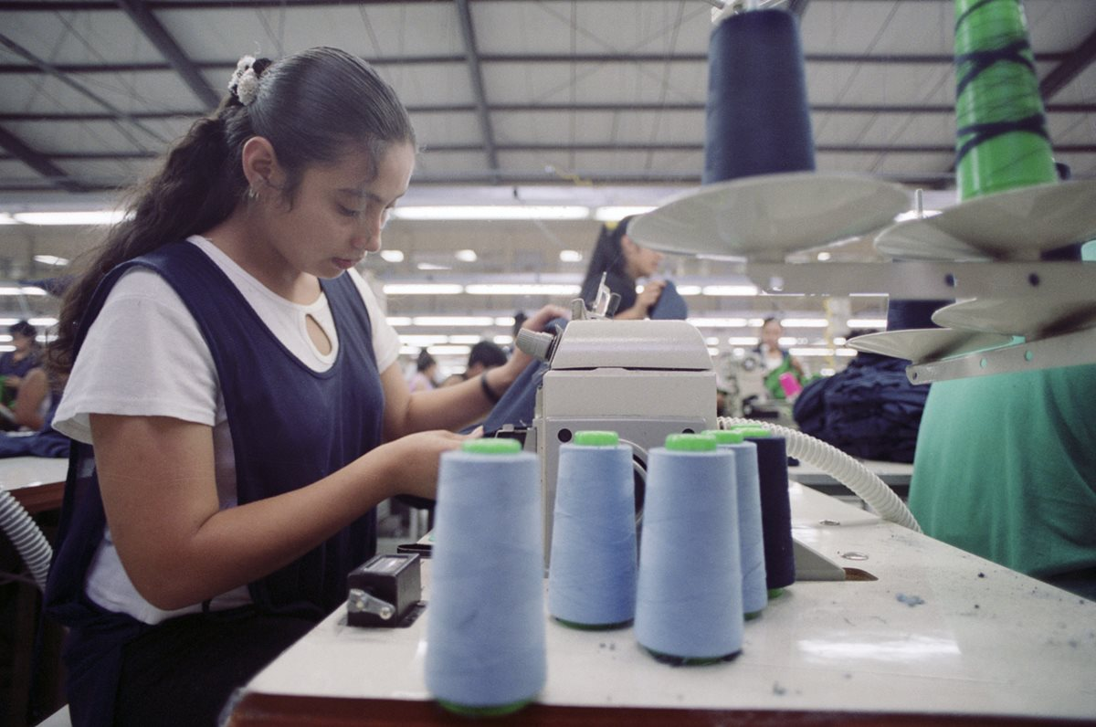 Trabajadoras de maquila, vendedoras por catálogo y tortilleras, ya tienen sindicato