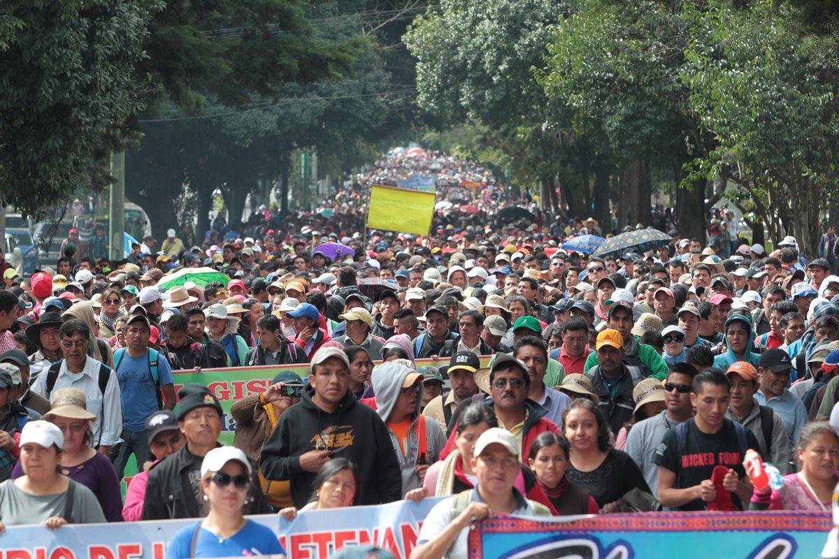 El Ministerio de Educación es la entidad del Ejecutivo con más trabajadores, con 202 mil 48. (Foto Prensa Libre: Hemeroteca PL)