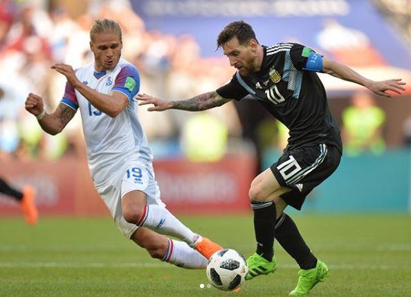 El jugador de Islandia que ganó 300 mil followers tras su debut en el mundial