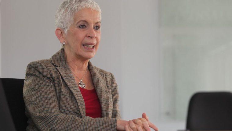 Adela Camacho de Torrebiarte destaca que lo más importante debe ser el compromiso de las autoridades. (Foto Prensa Libre: Hemeroteca PL)