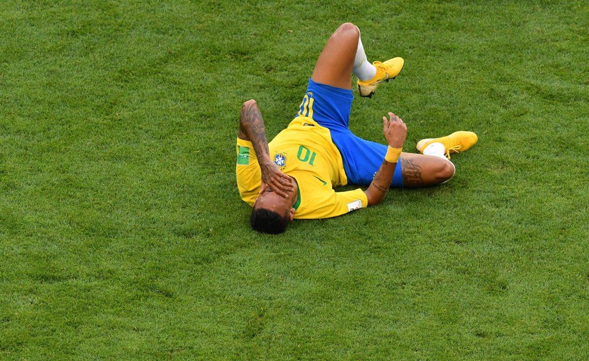 Neymar ha recibido varias faltas en lo que va de la Copa del Mundo. (Foto Prensa Libre: AFP)