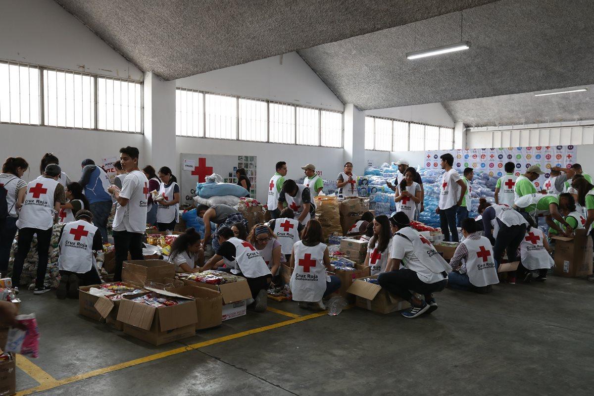 Voluntarios en la tragedia del Volcán de Fuego hacen llamado a más personas