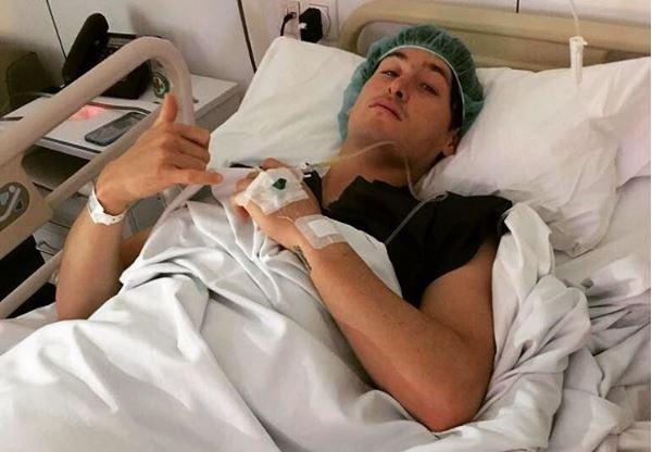 Juan Maegli fue operado en España de la columna vertebral. (Foto Redes Sociales).