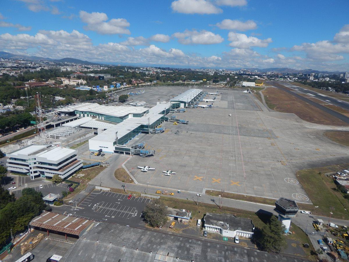 Aeropuerto Internacional La Aurora recibió una autocertificación