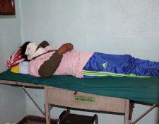 Además de José González, quien quedó recluido en el Hospital Regional de Occidente, tres mujeres y un niño fueron afectadas por ataque con ácido. (Foto Prensa Libre: Carlos Ventura)
