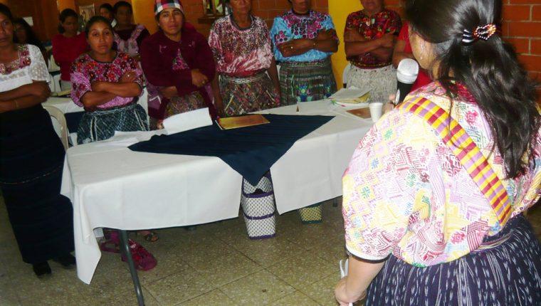 Mujeres indígenas de diferentes sectores de San Marcos se organizan para impulsar programas en pro de su reivindicación social. (Foto Prensa Libre: Genner Guzmán).