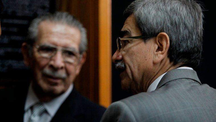 Sala resuelve que Ríos Montt y Rodríguez Sánchez sean juzgados por separado en el caso por genocidio. (Foto Prensa Libre: Hemeroteca PL)