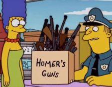 El derecho de portación de armas en EE. UU. ha sido uno de los temas tratados en la serie de televisión los Simpsons. (Foto Prensa Libre: Youtube)