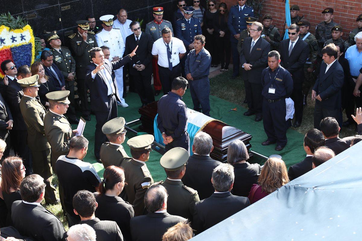 Así despidieron el Ejército y familia a José Efraín Ríos Montt