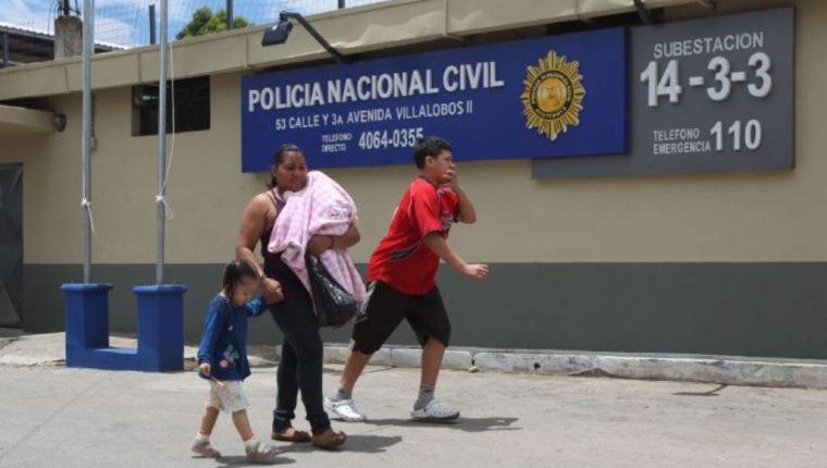 Estación de la PNC en Villalobos II, Villa Nueva, inaugurada en 2013 con aportes de la agencia Usaid. (Foto Prensa Libre: Hemeroteca PL)