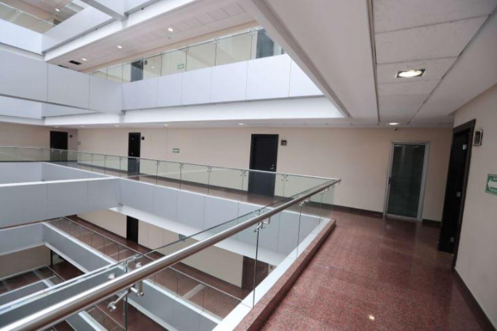 Vista de las oficinas que ocupa la SAT en el edificio Dubai Center. (Foto Prensa Libre: Hemeroteca PL)