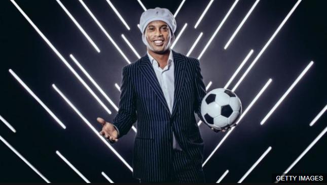 Ronaldinho cuenta con millones de seguidores en las redes sociales. (Foto Prensa Libre: BBC News Mundo)