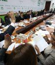 Diputados de la Comisión de Asuntos Electorales aprobaron la creación de subdistritos en la propuesta de reformas electorales. (Foto Prensa Libre: Paulo Raquec)