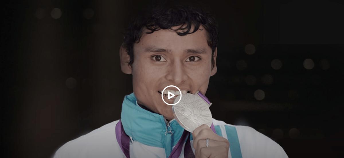 Érick Barrondo se ha convertido en la inspiración de niños en las Verapaces por ser el único medallista olímpico para Guatemala. (Foto Prensa Libre: Olympic Channel)