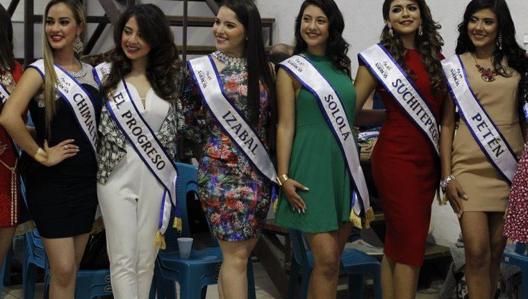 e890eaff9 Algunas de las bellezas que representarán a su departamento en  Quetzaltenango. (Foto Prensa Libre