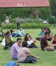 Decenas de personas han participado del Festival de Cerveza Artesanal, en Antigua Guatemala. (Foto Prensa Libre: Cortesía)