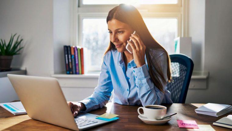 Costa Rica se acerca a implementar el teletrabajo y representaría ahorros para las empresas de al menos unos US$500 anuales por cada persona que haga teletrabajo.(Foto Prensa Libre: Shutterstock)