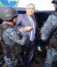 El diputado Arístides Crespo al momento de ser detenido en la zona 6 capitalina. (Foto Prensa Libre: PNC).
