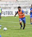Jugadores del Xelajú MC volvieron a entrenarse en el Mario Camposeco. (Foto Prensa Libre: Raúl Juárez)