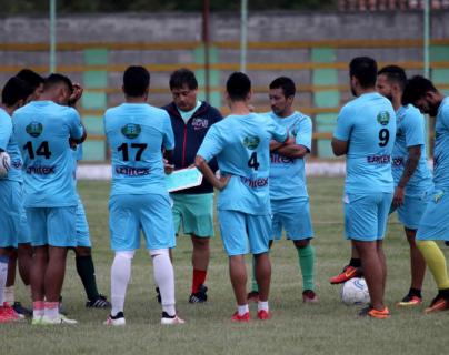 El equipo del Deportivo Chiantla quiere comenzar el torneo Apertura con una victoria frente a Iztapa. (Foto Prensa Libre: Mike Castillo)