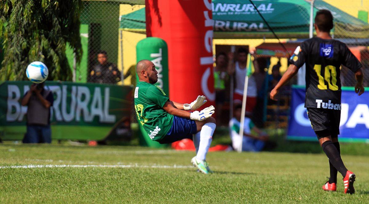Se espera la confirmación del dopaje positivo del portero Juan José Santos. (Foto Hemeroteca PL).