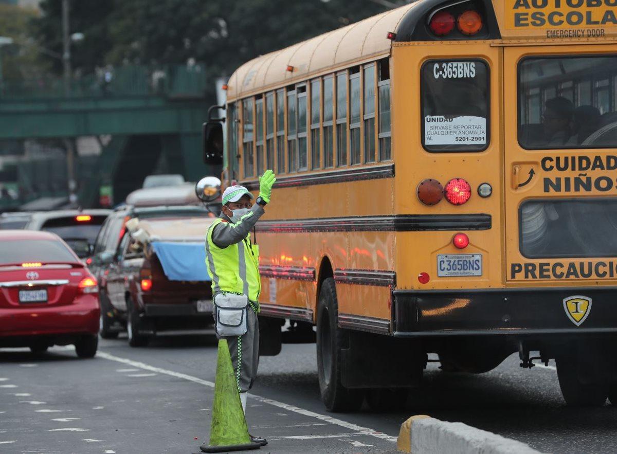 Agresiones físicas y verbales a policías de tránsito evidencian el estrés vial