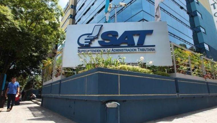 Con este nuevo mecanismo, los contribuyentes podrán ingresar al portal web de la SAT en cualquier momento. (Foto Prensa Libre: Hemeroteca)