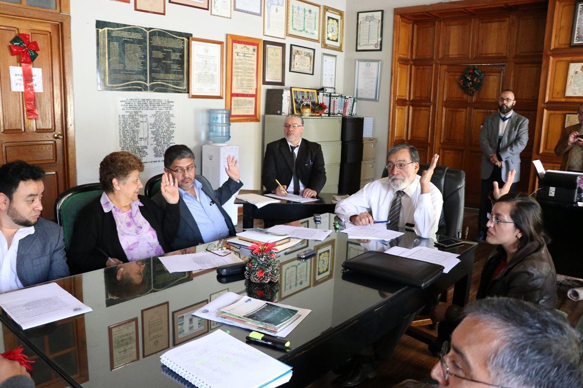 Concejales de Xela percibirán Q3 mil a la semana en dietas por asistencia a sesiones