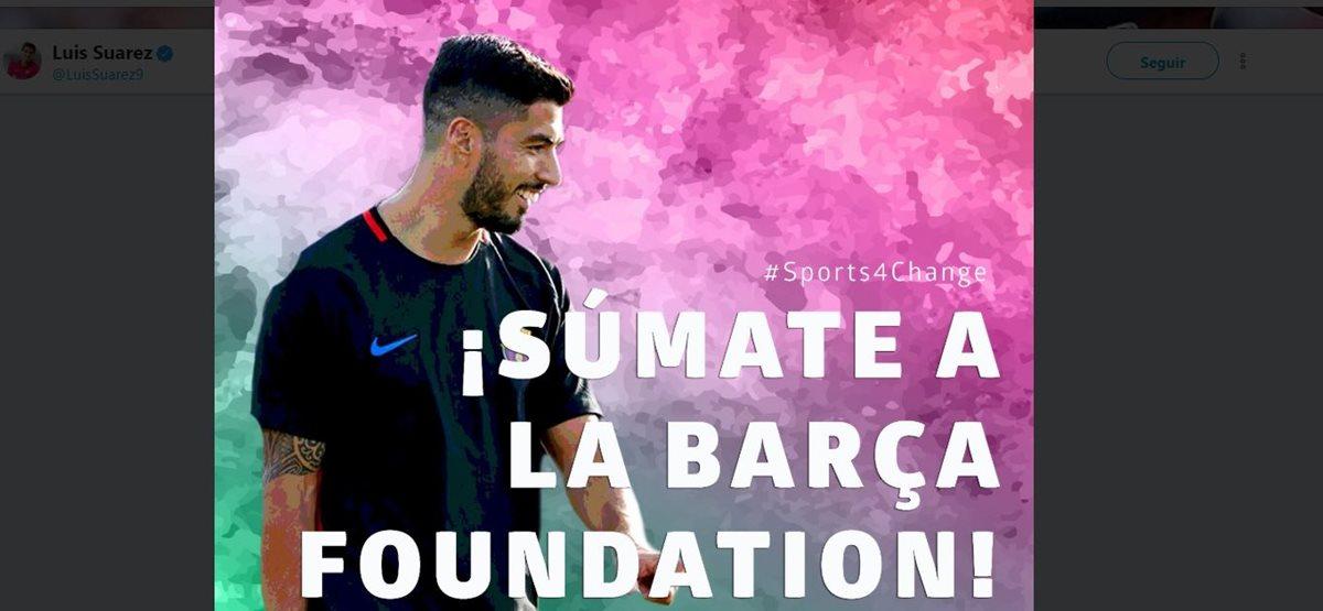 Luis Suárez compartió en sus redes sociales la iniciativa con la que apoya a la fundación del Barcelona. (Foto Prensa Libre: Twiiter Luis Suárez)