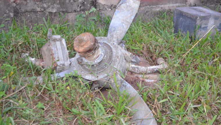 Hélice hallada en una laguna del Manchón Guamuchal, Champerico, Retalhuleu. (Foto Prensa Libre: Jorge Tizol)
