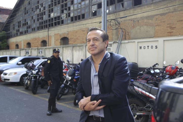 Se suicida en la cárcel el médico Jesús Oliva, sindicado en el caso IGSS-Pisa