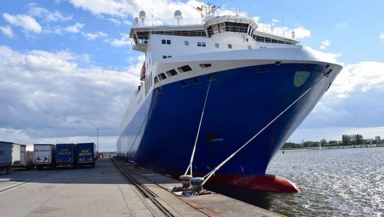 El ferry Costa Rica a El Salvador empezará operaciones entre los puertos La Unión y Caldera. (Foto Prensa Libre: Casa Presidencial Costa Rica)