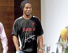 Ronaldinho tendría problemas económicos, según medios internacionales. (Foto Prensa Libre: Hemeroteca PL)