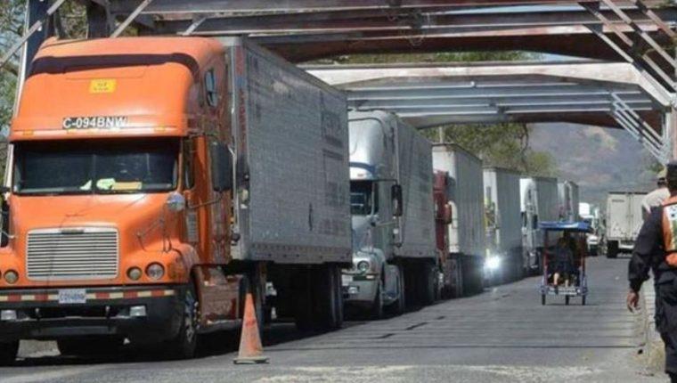 En El Salvador son seis aduanas identificadas para la unión aduanera con el Triángulo Norte. (Foto Prensa Libre: Hemeroteca)