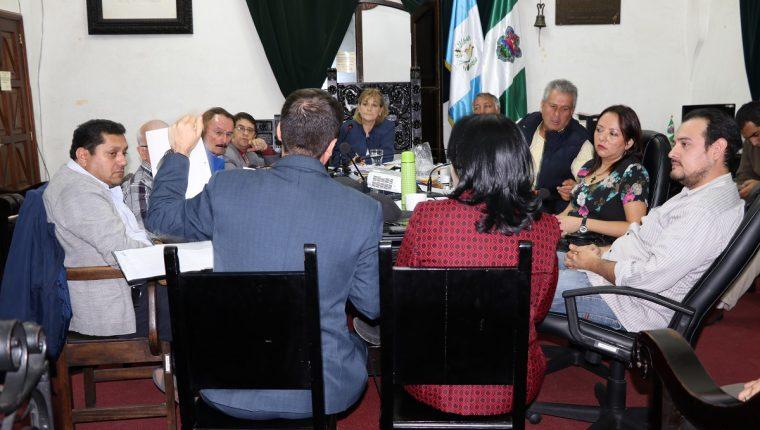 Un grupo de abogados alertó al concejo de Antigua Guatemala sobre posibles anomalías en la propiedad de la finca La Chacra. (Foto Prensa Libre: Julio Sicán)