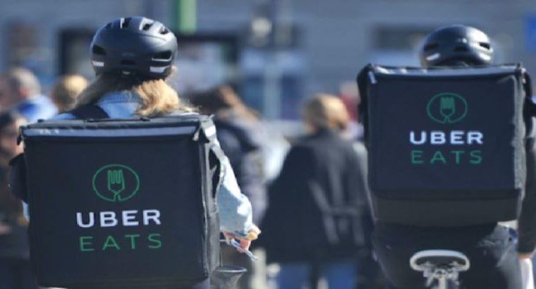 El servicio de Uber Eats se prepara para empezar a funcionar en Guatemala en el corto plazo. (Foto Prensa Libre: EFE)