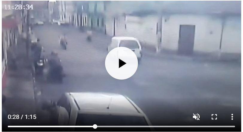 El crimen contra René Soto Ayala fue grabado por sistemas de videovigilancia de la zona 1 de Retalhuleu. (Foto Prensa Libre: Cortesía PNC)