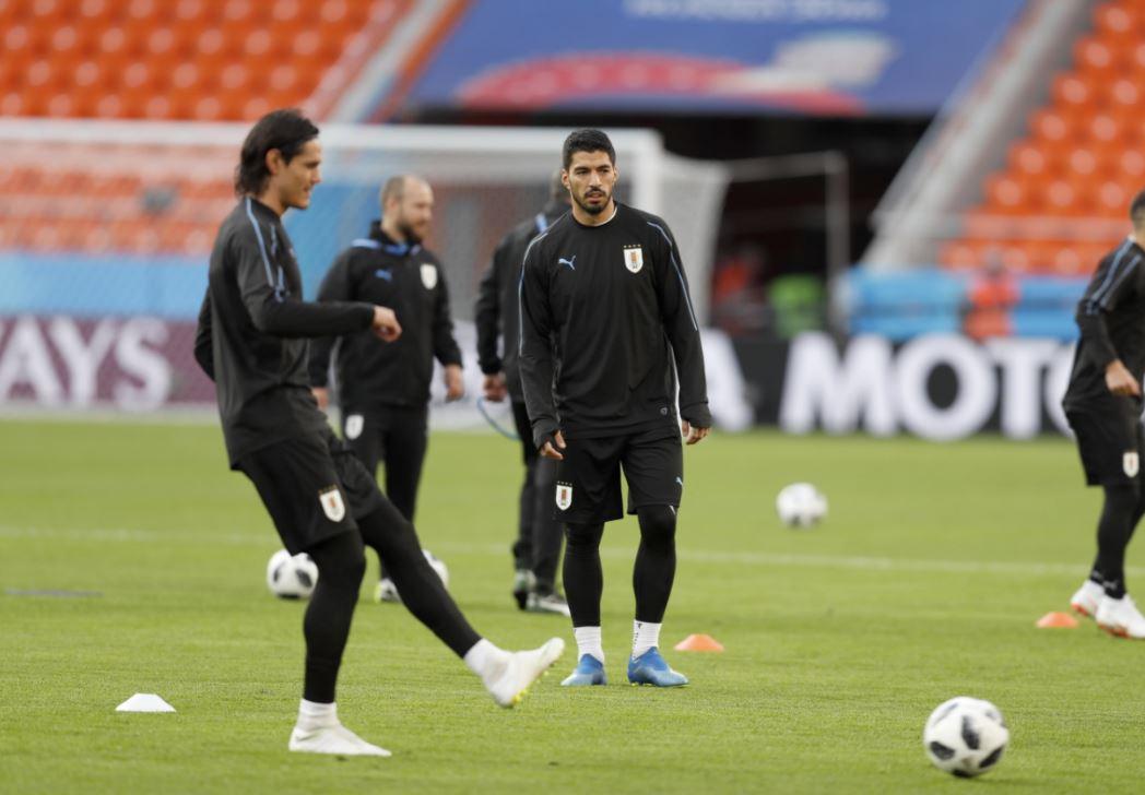 Luis Suárez en el último entrenamiento de Uruguay previo al debut frente a Egipto en Rusia. (Foto Prensa Libre: EFE)