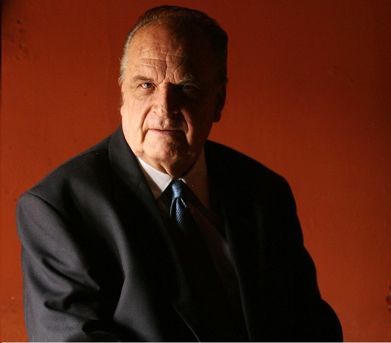 Luis Domingo Valladares, director del programa Cuestión de minutos. Foto Prensa Libre: Hemeroteca PL