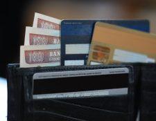 La Ley de Tarjetas de Crédito cobra vigencia hoy. (Foto Prensa Libre: Hemeroteca PL.)