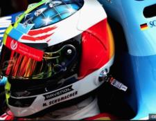 El apellido Schumacher sigue presente en la pista. (Foto Prensa Libre: BBC News Mundo)