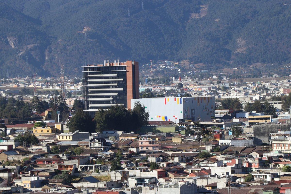 La comuna prevé incremento de construcciones verticales en las zonas 9, 3 y 8. Esta última limita con La Esperanza. (Foto Prensa Libre: María José Longo).