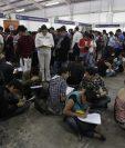 Miles de jóvenes aprovechan para buscar un empleo como vacacionistas durante el cuarto trimestre. (Foto, Prensa Libre: Hemeroteca PL).