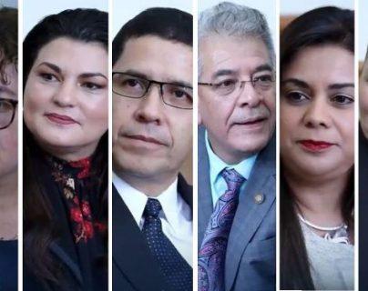Los candidatos a fiscal General durante la entrevista con el presidente Jimmy Morales. (Foto Prensa Libre: Gobierno de Guatemala).