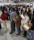 Cada año el Ministerio de Trabajo realiza la Feria Nacional del Empleo, por segundo año recibirá el apoyo del Bantrab. (Foto Prensa Libre: Hemeroteca)