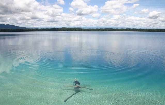 Laguna Lachua uno de los humedales de mayor relevancia del país. (Foto Prensa Libre: Hemeroteca PL)